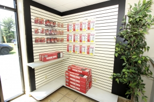 SecurCare Self Storage - Indianapolis - W. County Line Rd. - Photo 4