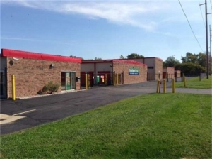 SecurCare Self Storage - Indianapolis - N. Tacoma Ave. - Photo 1