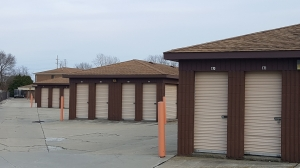 National Storage Centers - New Baltimore - Photo 3