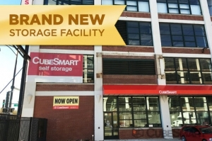 CubeSmart Self Storage - Chicago - 4100 W Diversey Ave - Photo 1