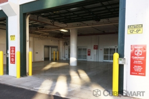 CubeSmart Self Storage - Chicago - 4100 W Diversey Ave - Photo 4