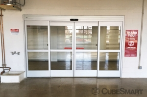 CubeSmart Self Storage - Chicago - 4100 W Diversey Ave - Photo 5