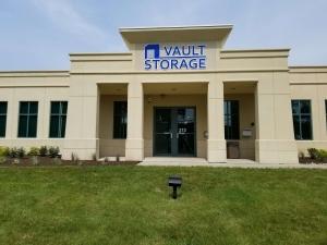 Vault Storage - Photo 5