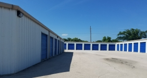 Top Value Storage - 1003 N 38th St. - Photo 7