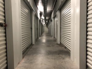 Storage King USA - Winter Haven - Lucerne Park - Photo 2
