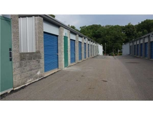 Extra Space Storage - Foxboro - Green St - Rte 106 - Photo 2