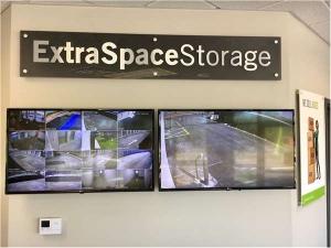 Extra Space Storage - Thonotosassa - Fowler Ave - Photo 5