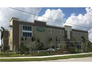 Extra Space Storage - Pompano - 10th Street