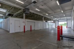 Image of CubeSmart Self Storage - Skokie Facility on 3526 Oakton St  in Skokie, IL - View 4