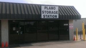 Plano Storage Station