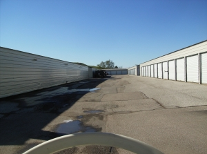 Valley Park Storage - Photo 2