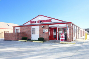 iStorage Shawnee Nieman St. - Photo 1