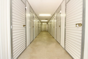 iStorage Shawnee Nieman St. - Photo 4
