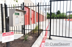 CubeSmart Self Storage - Austin - 6130 East Ben White Boulevard - Photo 9