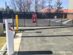 CubeSmart Self Storage - Sterling - 22125 Davis Drive - Photo 4