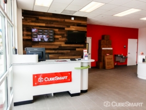 CubeSmart Self Storage - Tampa - 4310 W Gandy Blvd - Photo 9
