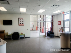 CubeSmart Self Storage - Tampa - 4310 W Gandy Blvd - Photo 10