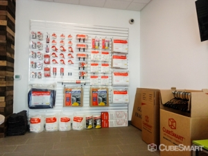 CubeSmart Self Storage - Tampa - 4310 W Gandy Blvd - Photo 11