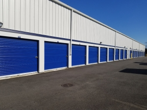 Prime Storage - Farmingdale Facility at  2091 New Highway, Farmingdale, NY