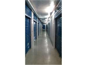 Image of Extra Space Storage - Carrollton - Marsh Lane Facility on 2422 Marsh Lane  in Carrollton, TX - View 3