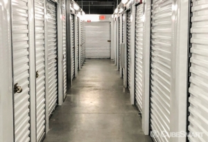 CubeSmart Self Storage - Orlando - 14916 Old Cheney Hwy - Photo 2