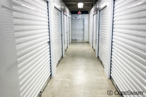 CubeSmart Self Storage - Miami - 490 NW 36th St - Photo 3