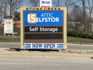 Attic Selfstor - Belleville - Photo 1