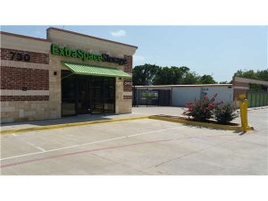 Extra Space Storage - Duncanville - E Wheatland Rd