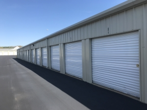 Added Space Self Storage - North Parkway - Photo 5