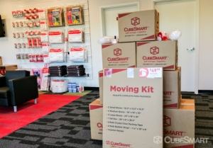 CubeSmart Self Storage - Jacksonville - 45 Jefferson Rd - Photo 6