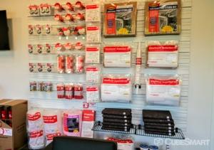 CubeSmart Self Storage - Jacksonville - 45 Jefferson Rd - Photo 7
