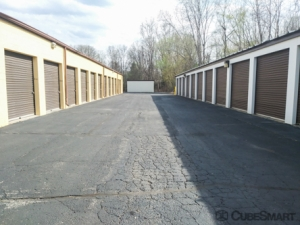 CubeSmart Self Storage - Waterford Township - 4303 Highland Rd - Photo 3