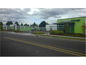 Extra Space Storage - Hillsboro - NE 15th Avenue