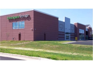 Extra Space Storage - Ashburn - Centergate Dr