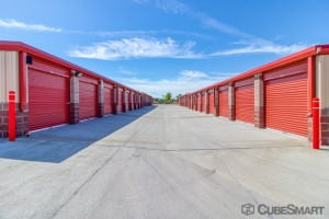 Your Storage Center - Photo 2