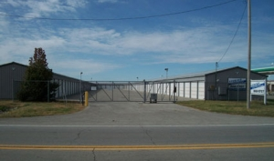 Storage Express - Effingham - N 1000th St - Photo 6