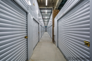 Image of CubeSmart Self Storage - Chicago - 6000 W Touhy Ave Facility on 6000 W Touhy Ave  in Chicago, IL - View 2