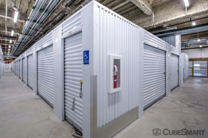 Image of CubeSmart Self Storage - Chicago - 6000 W Touhy Ave Facility on 6000 W Touhy Ave  in Chicago, IL - View 3
