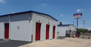 Store Space Self Storage - Oak Cliff