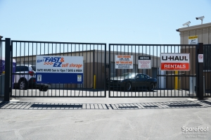 Fast & EZ Self Storage - North Las Vegas - Photo 4