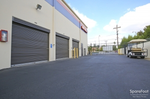 Paramount Self Storage - Photo 4