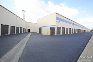Paramount Self Storage - Photo 5