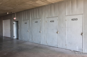 Sherman Oaks Mini Storage - Photo 8