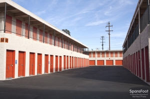 Van Nuys Mini Storage - Photo 12