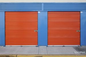 Anaheim Mini Storage - Photo 8