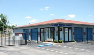 Storage Express - Jeffersonville - 2515 E. 10th Street - Photo 3