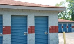 Storage Express - Jeffersonville - 2515 E. 10th Street - Photo 6
