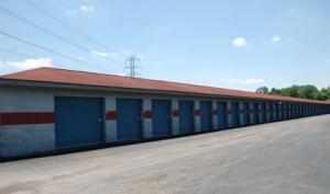 Storage Express - Jeffersonville - 2515 E. 10th Street - Photo 7