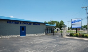Storage Express - Jeffersonville - 2225 E. 10th St - Photo 4