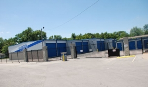 Storage Express - Jeffersonville - 1713 E. 10th St. - Photo 9